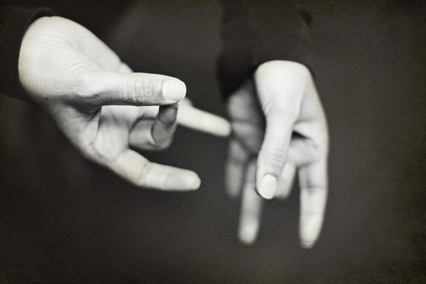 Le rendez-vous des curieux : la langue des signes française